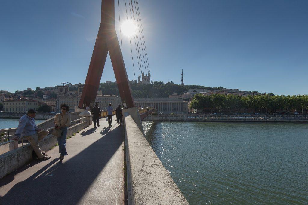 Colline de Fourvière vue depuis la Passerelle du Palais-de-Justice à Lyon