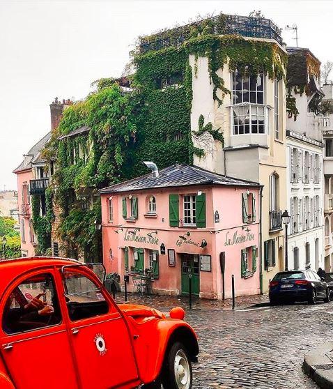 Insolite : découvrez Paris en 2cv !